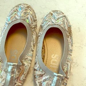 Gently worn cotton on sequin ballet flats